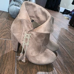 Shoes - Heeled booties